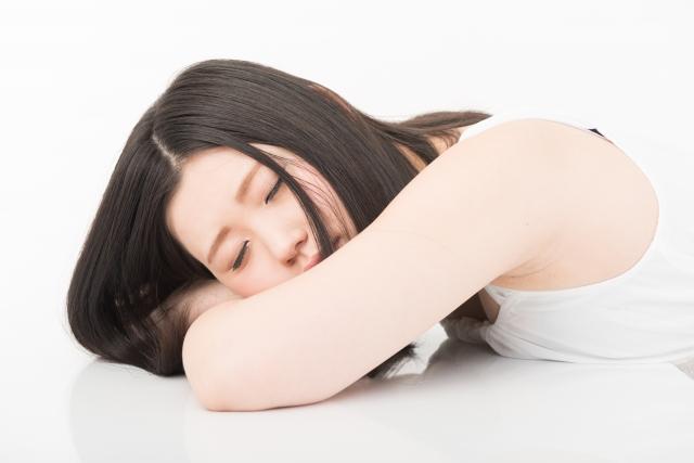 寝ても疲れるのは熟睡出来ない不眠症のケースがある
